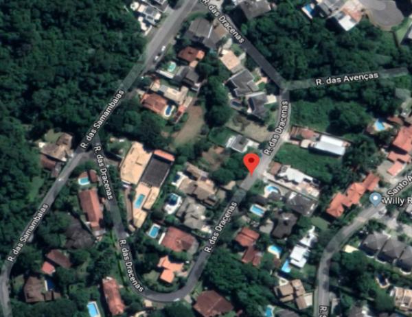 Terreno em condominio em Carapicuiba