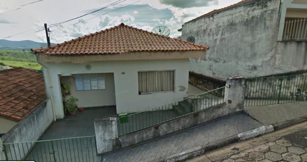 Casa e terreno em Nazaré Paulista