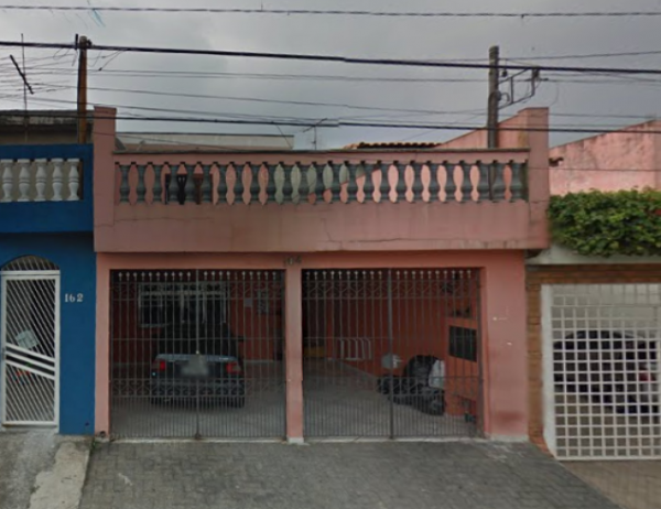 Casa e terreno em Itaquera