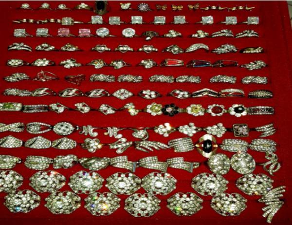 Diversas bijuterias