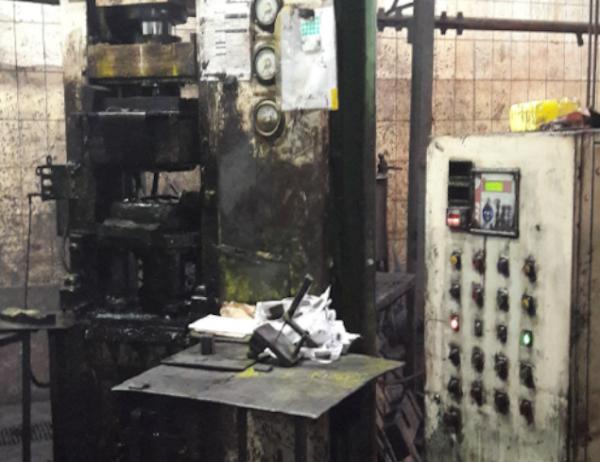 01 prensa hidráulica 60 ton