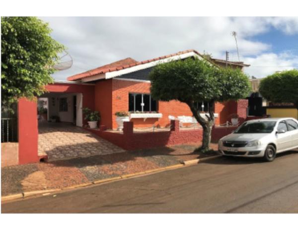 Casa em Taquarituba