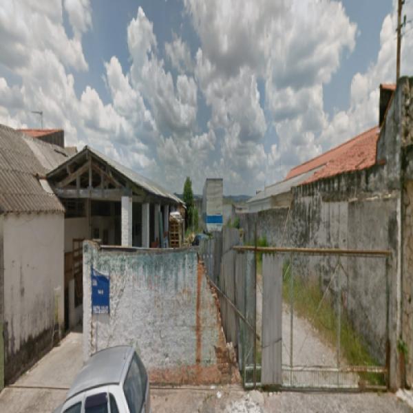 Casa e terreno em Sorocaba